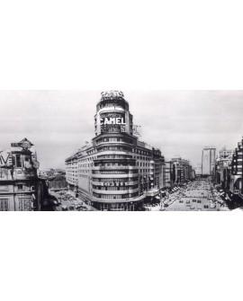 Edificio Capitol 1958 Cuadro Panoramico Fotografia de Madrid Camel Cuadros Horizontales